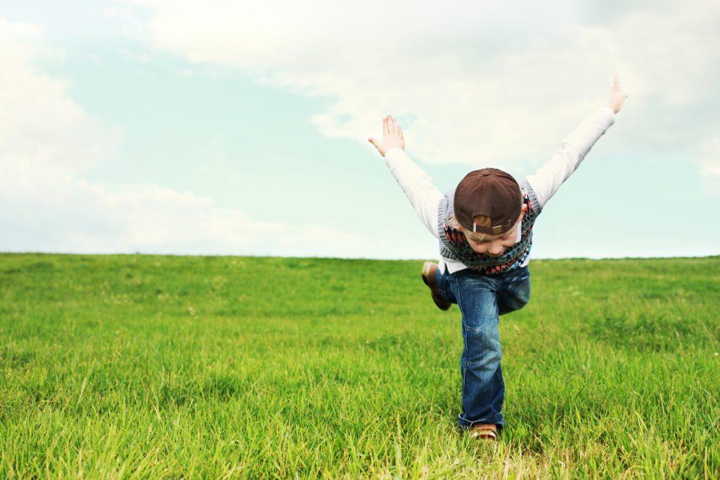 miscarea ajuta la dezvoltarea creierului la copii